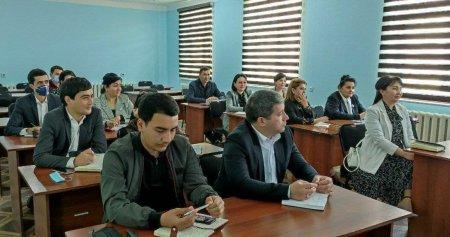 Урганчда журналистлар, блогерлар ва матбуот котиблари учун ўқув-семинари бошланди